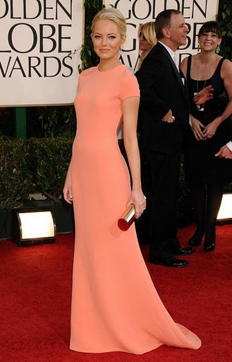 Emma Stone looks stunning in this Calvin Klein gown. I didn't even recognize her when I was watching the Golden Globes 2011 on TV. She can surprisingly wear blonde hair, but I prefer her as a redhead.