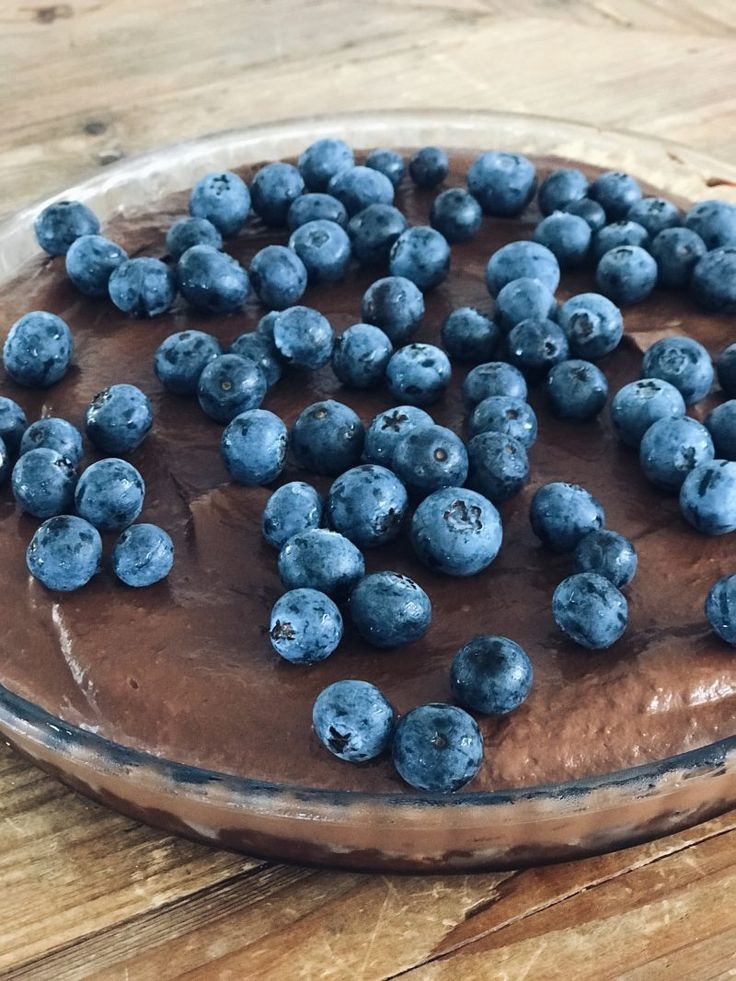 Double Choc Raw Avo Mousse Torte    No Date Chocolate Crust: 2 cups pecans 1/4 cup cocoa powder 2 tbsp coconut oil 1/4 cup pure rice malt syrup or maple syrup 1 tsp pure vanilla extract (optional) 1/2 tsp Himalayan salt