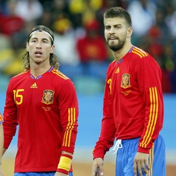 SPANISH FOOTBALL TEAM RAMOS PIQUE