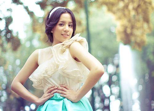 Cantiknya Angel Pieters Sang Gadis Cantik Bersuara Merdu   TWETINFO.COM