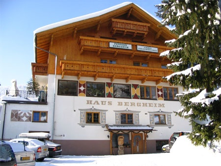 Haus Bergheim Pension, Lermoos, Austria