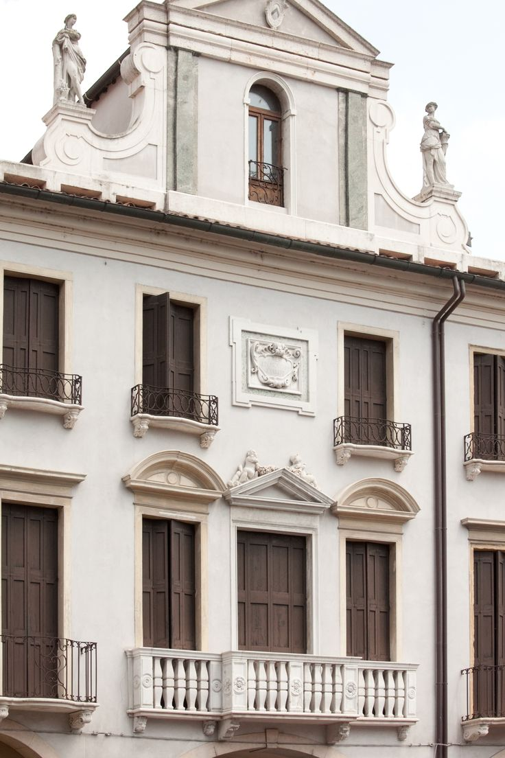 Casa del Pellegrino facciata