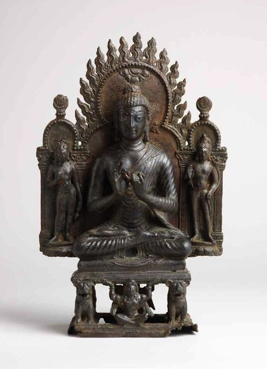 7th century, Kashmir, historical buddha Shakyamuni and bodhisattvas, bronze with silver inlaid eyes and urna, private collection, published by Rossi&Rossi