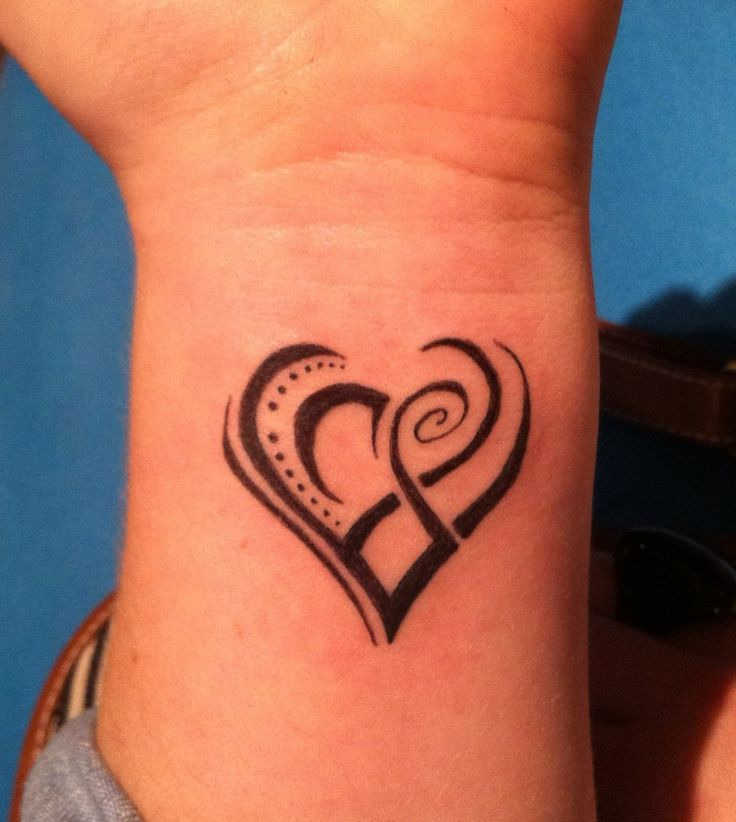 Tribal-Heart-Tattoos-On-Wrist