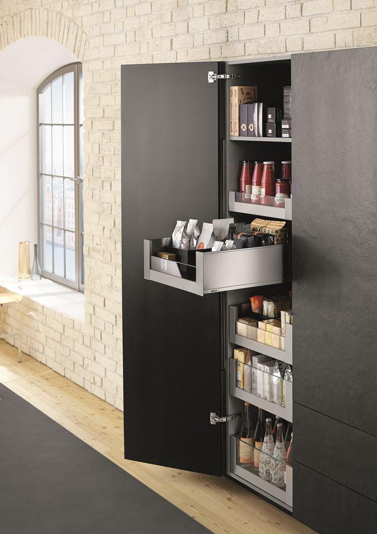 Keukenkast met strak ingedeelde lades van legrabox blum keukens opbergsystemen en - Keukenkast outs ...