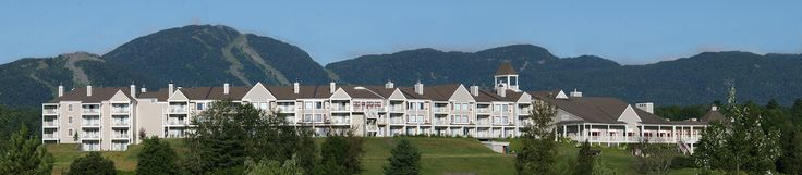 Plus de 140 chambres et suites luxueuses offrant une vue champêtre exceptionnelle sur le mont Orford. Golf, chambres luxueuses et salles de réception à Magog!