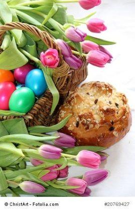 """Was feiern wir an welchem Feiertag?  Kennen Sie das? """"Mama, was feiern wir eigentlich an Karfreitag?"""" oder """"Papa, warum heißt das  Christi Himmelfahrt? Ist Jesus nicht an Ostern auferstanden?"""" Oh, ja, also da bin ich mir jetzt gar nicht so ganz sicher…  Hilfe ist da! Nachfolgend eine Übersicht über die wichtigsten Feiertage und Ihre Bedeutung. Fehlt Ihnen noch ein Feiertag?"""