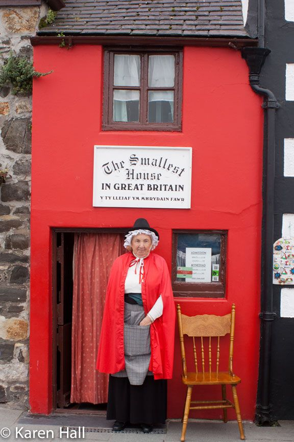 17 best ideas about smallest house on pinterest north - The best house in wales ...