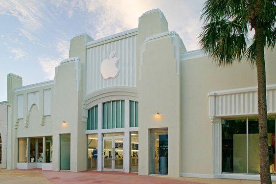 Apple Store, Miami Beach, USA.