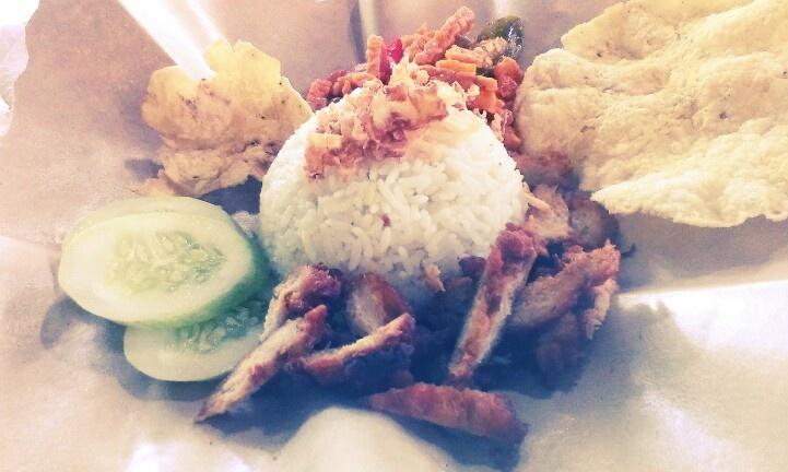 Nasi uduk - visual vegetarian