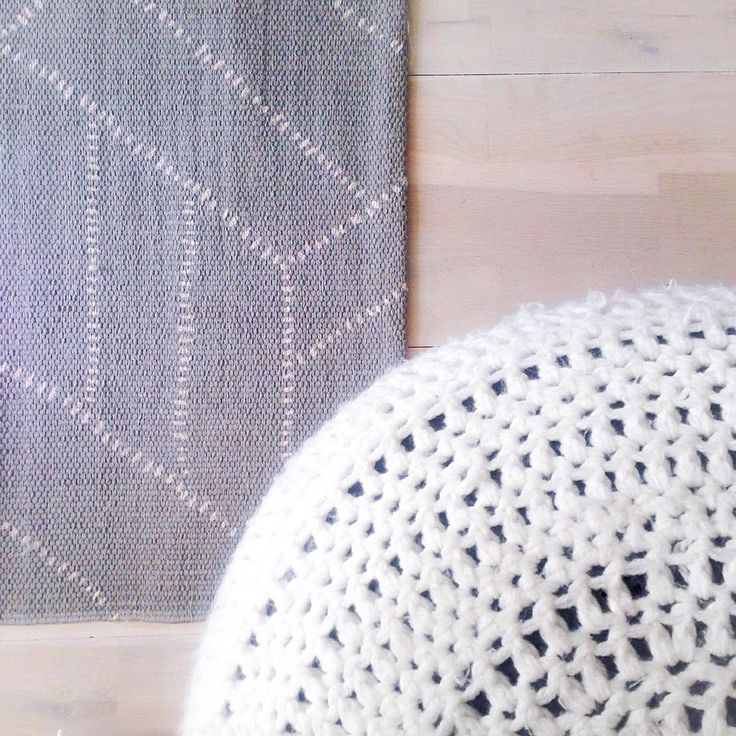 Super happy with our new living room rug: Kievari by Saana & Olli for Finarte