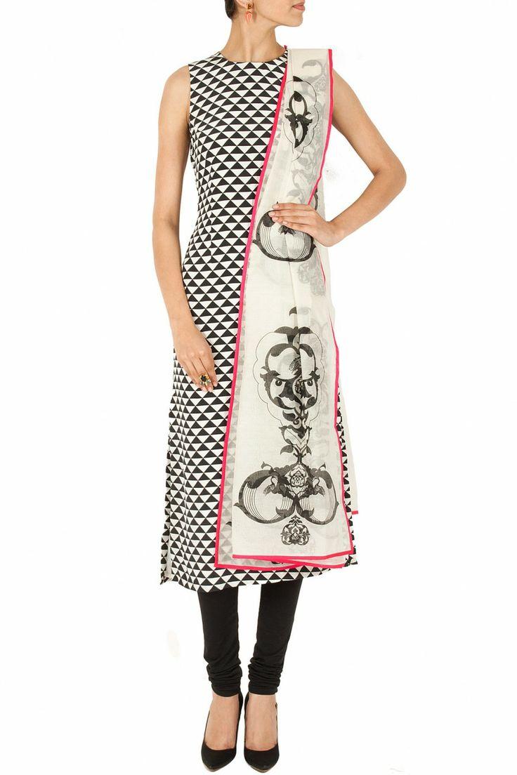 Black and white triangle print kurta set