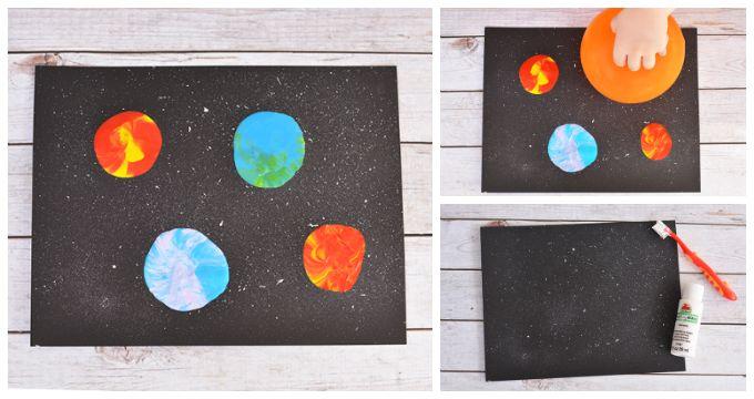 Balon Baskısı Güneş Sistemi Fen-Sanat Etkinliği Malzemeler: Siyah fon kartonu, diş fırçası, boyalar (beyaz, mavi, yeşil, sarı, kırmızı, lila