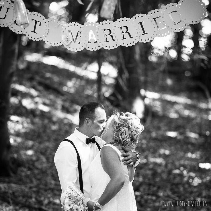 Boho Wedding... --> http://ow.ly/WiLBM <-- #SilviaundChris #nofilter #wedding #weddingday #weddingexperience #weddingphotographer #huge #elegance #hapiness #nuremberg #instalove #portrait #boda #amor #atardecer #Germany #destinationphotographer #felicidad #fotodeboda #fotografosboda #bodaenalemania #love #light #couple #mywork #tonyromero