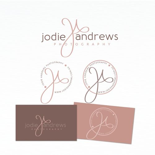Newborn and family photographer logo