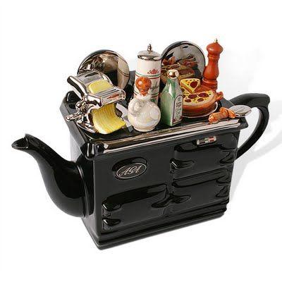 so cute!: Teapots Style, Teas Time, Novelty Teapots, Teapots Cozy, Teas Pots, Stovetop Teapots, Stove Teapots, Teas Kettles, Design Teapots