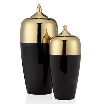 Bold and crisp with black hued glaze, our Urbane Canisters are elegantly statuesque.