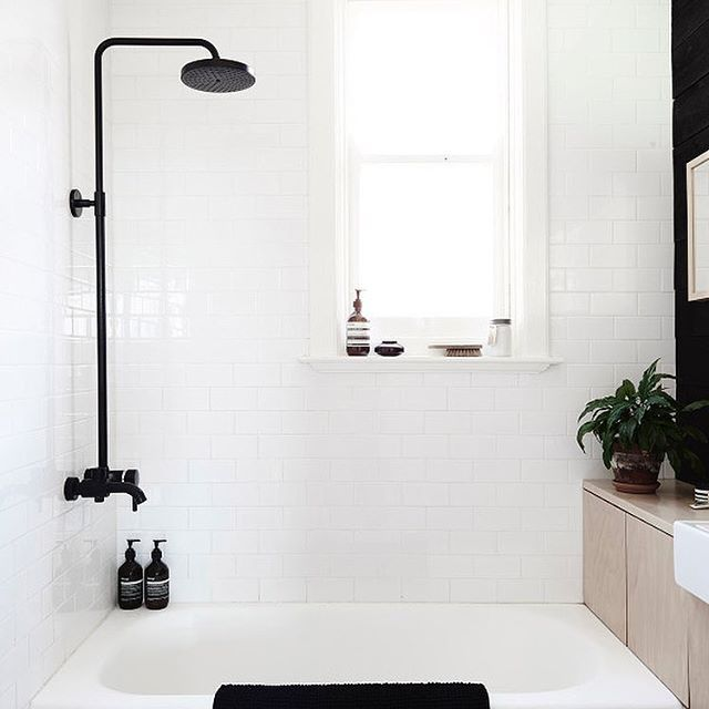 We're giving our main bathroom a little update so I've been searching for some inspiration. I'm loving the black accents in this bathroom! See more of my #sundayloves up on the blog. Photo via @thedesignfiles. The home of @mr.frag . . . #sundayloves #inspiration #bathroom #bathroomdecor #bathroommakeover #bathroomremodel #bathroomdesign #minimal #australianhome #scandinavia #scandinaviandesign #allinthedetails #simplicity #blackandwhite #Regram via @amy_loveonsunday