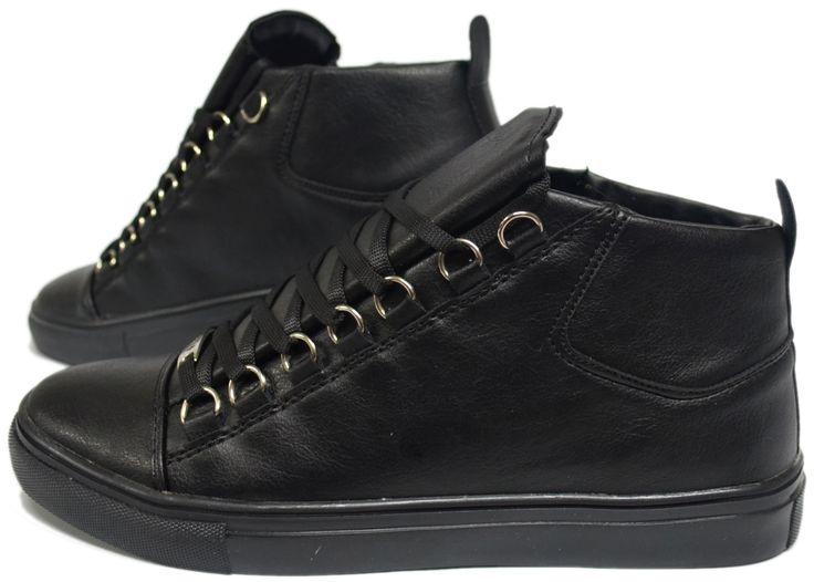 Heren Zwarte Hoge Sneaker HCS063 | Modedam.nlDe mooiste heren schoenen bestelt u in onze winkel. Bij ons vindt u verschillende betaalbare sneakers, nette schoenen en sport schoenen. U vindt gegarendeerd de exclusieve schoenen die u outfit compleet maakt. Bekijk ons collectie!!! Er is vast wel een sc