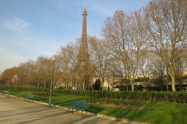 Tour Eiffel Paris. Tiziana