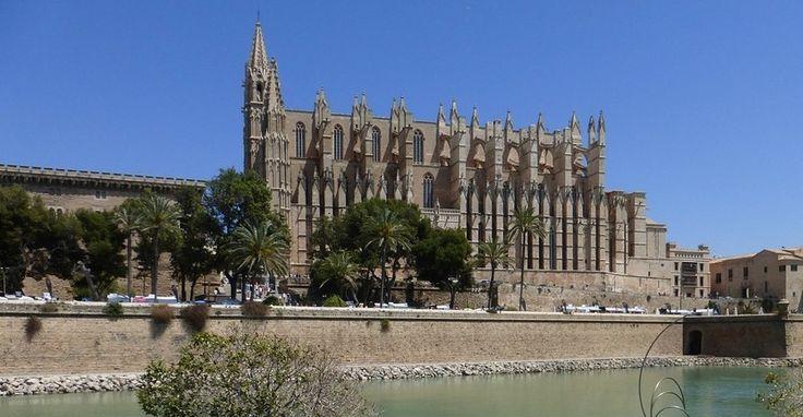 Escapada para conocer Baleares en vacaciones en otoño - http://www.absolutespana.com/escapada-para-conocer-baleares-en-vacaciones-en-otono/