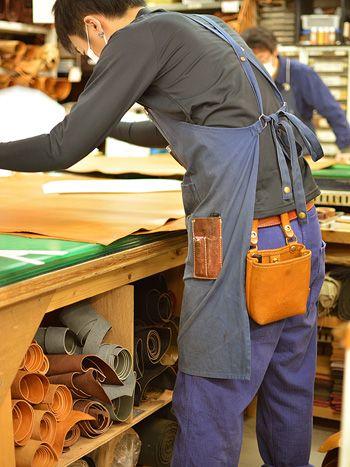 大工さんの腰袋的ベルトポーチ 作り手使用