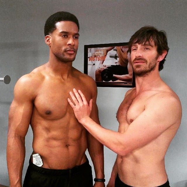 Spend your Monday night with JR Lemon and Eoin Macken! The Night Shift is all-new at 10/9c.