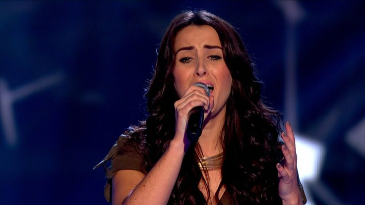 Sheena McHugh performs 'Hold On, We're Going Home' - The Voice UK 2015: ...