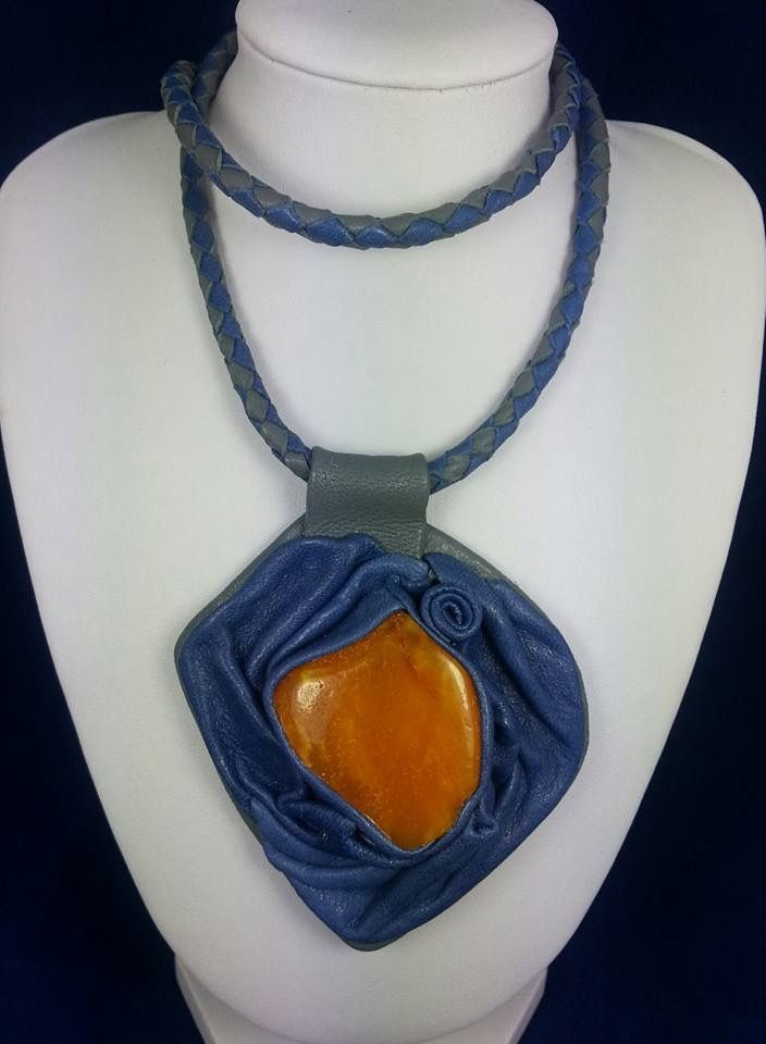 Leather pendant with amber