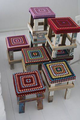 LOVE these stools! Will learn to crochet one day!