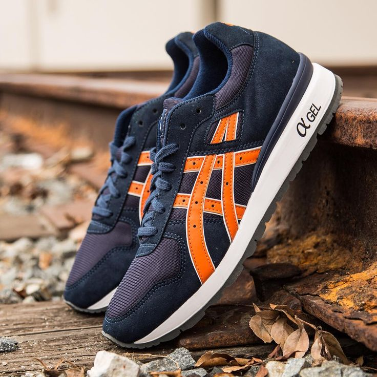 Asics GT-II: Navy/Orange