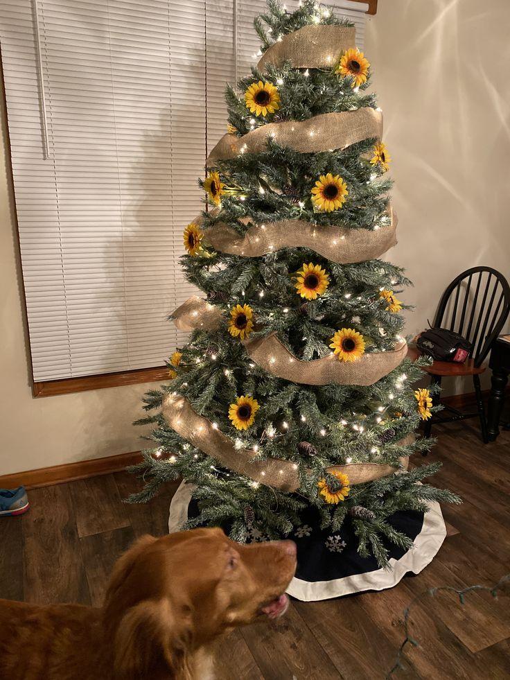 Sunflower Christmas tree Christmas tree, Holiday decor