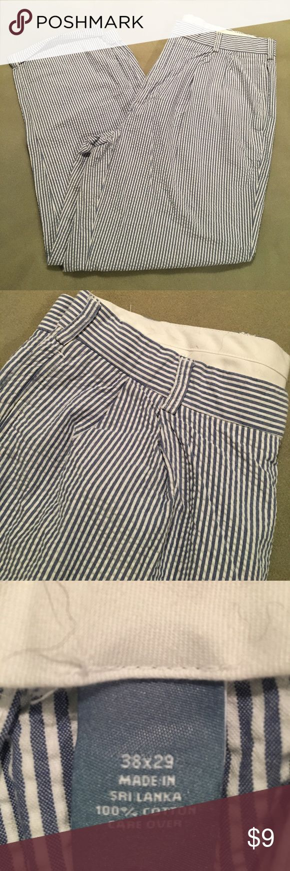 Seersucker pant with pleat Great condition. Jos A Bank Pants Chinos & Khakis