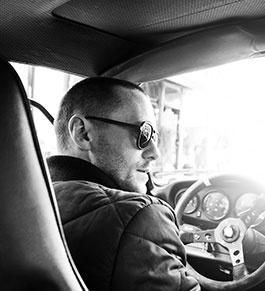 DJ Goldfinger in his #Porsche | imiintoyou | celebs.talk.fashion