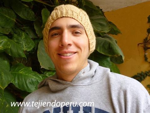 gorro con trenzas tejido en dos agujas o palillos: Weaving Peru, Of Agujas, Trenzas Tejido, Tissue, Cap With, In The, With Braids
