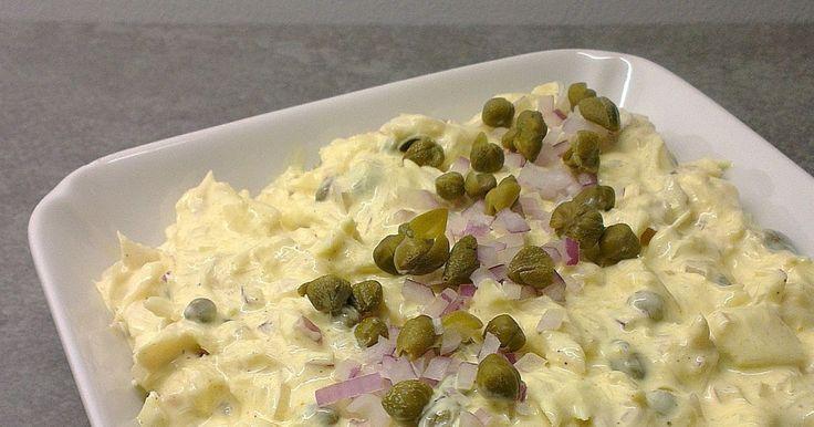 Torskesalat med kapers og rødløg