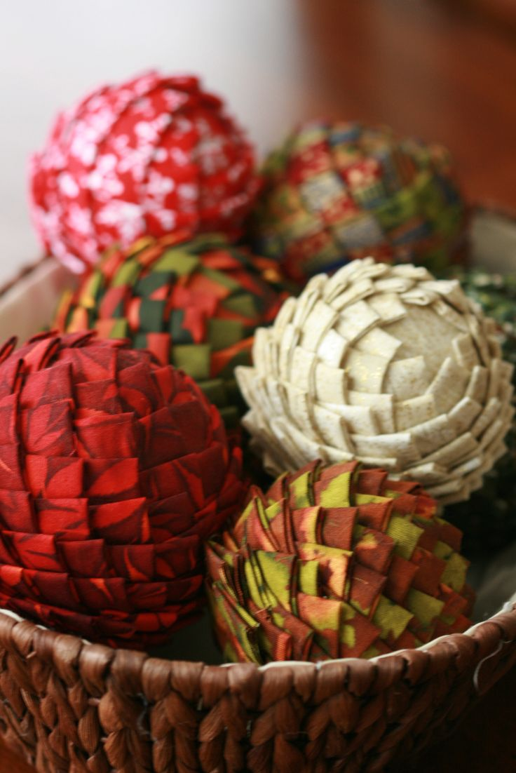 Free Fabric Styrofoam Ball Pattern (could be done with newspaper, magazines, gift wrap left over from Christmas, etc)