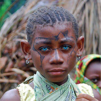 oddity - such amazing blue eyes