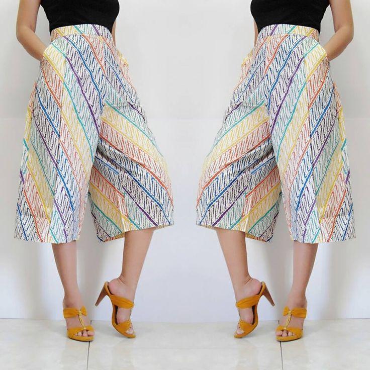 ✿ Cullote Midi Pamela ✿ Kode : 09 Bahan : Katun Primissima Proses Batik Cap…