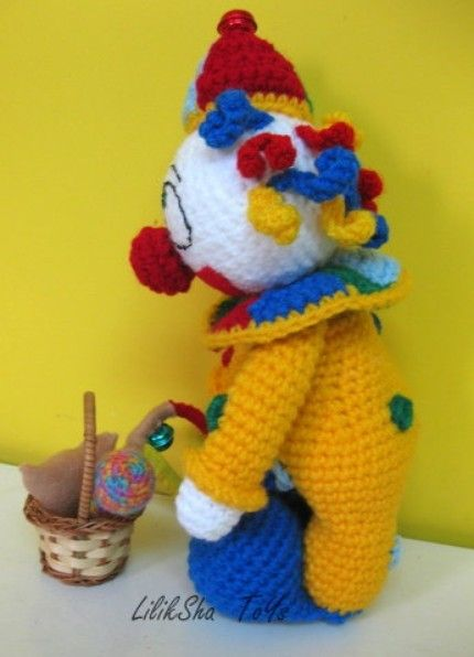 1000+ images about clown on Pinterest Toys, Patterns and ...
