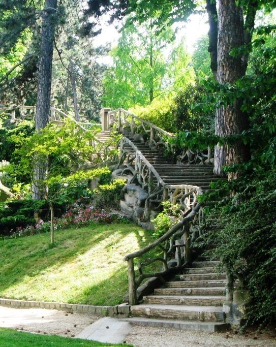 """""""... il adorait croquer les visiteurs du parc Montsouris..."""""""