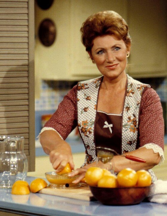 Happy Days - Marion Cunningham, aka Mrs. C, a traditional homemaker. She was the only one whom Fonzie allowed to call him by his real first name, Arthur, which she always did affectionately. - Marion Ross (born October 25, 1928) is an American actress