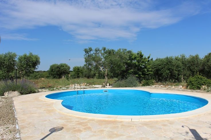 What about a real TRULLO with swimming pool? ALBEROBELLO - APULIA for info@appartamentivacanzeitalia.com