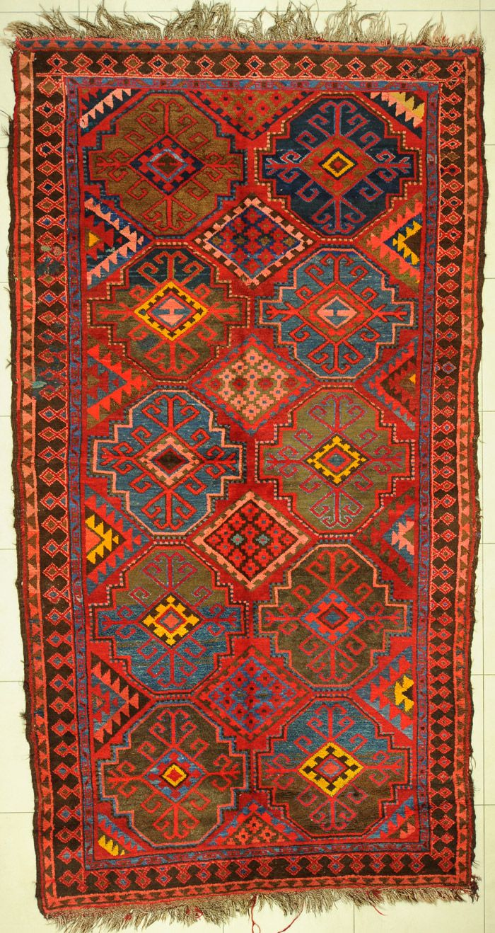 Dang! What a fine looking rug!!!! Rugs<3 LAINIE TYLER HOLLOWS!!!