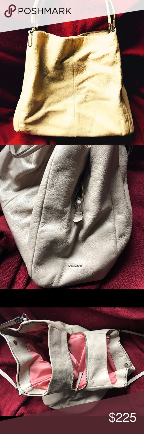 Ladies coach shoulder bag Ladies nude colored shoulder bag in excellent condition. Has been used, but still has it original tags attached. Coach Bags Shoulder Bags