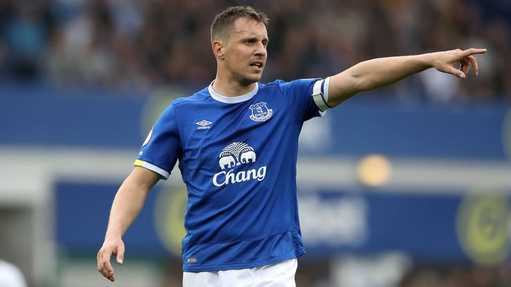 Phil Jagielka signs contract extension at Everton #News #composite #Everton #Football #GoodisonPark