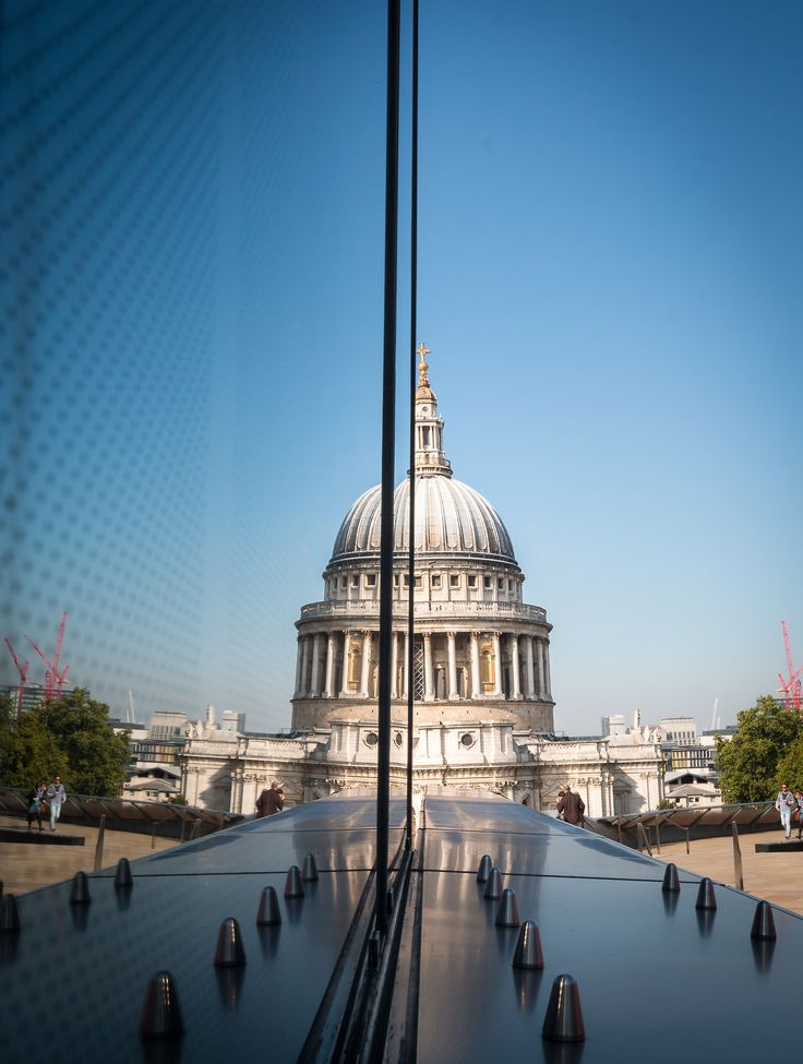 Amazing Places — London - England (byBarney Moss)