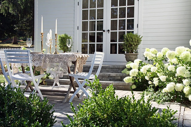 Outdoor dining patio visual DIY: Outdoor Dining, Lace Tablecloths, Limelight Hydrangeas, Outdoor Living, French Doors, Dining Patio, Country Farmhouse, Outdoor Spaces, Patio Ideas