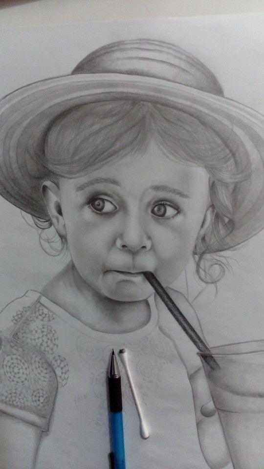 Ritratto a matita foglio a 3
