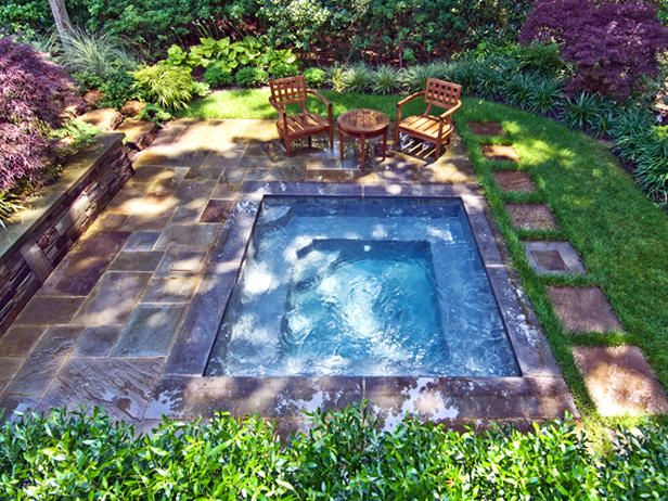 24 garden designs: Gardens Ideas, Small Pools, Small Yard, Small Backyard Pools, Outdoor Spa, Backyard Oasis, Small Gardens, Hot Tubs, Yard Ideas